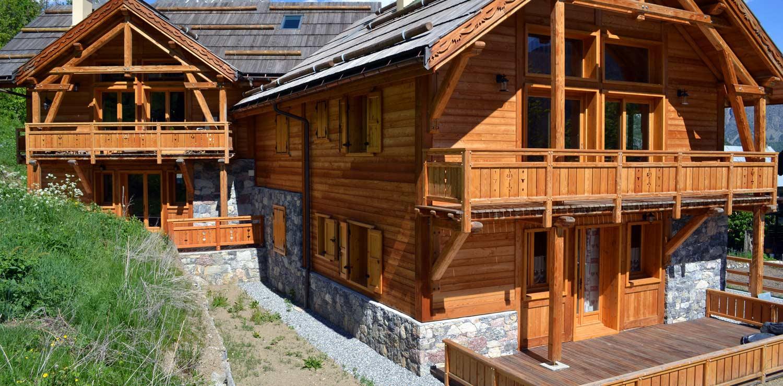 Construction chalet bois hautes alpes