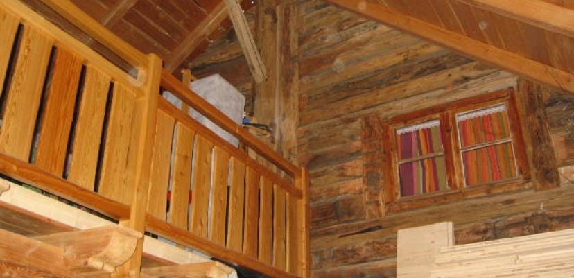 isolation laine de bois, murs en chanvre sur ossature bois, charpente mélèze du pays