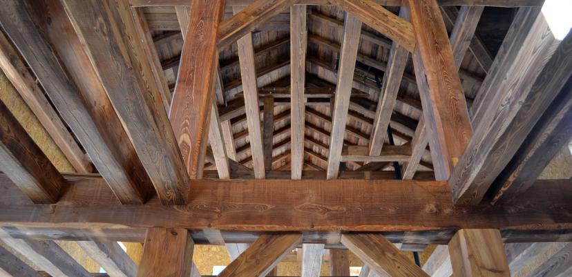 Chalet ossature bois : entrées de fermes et solivage