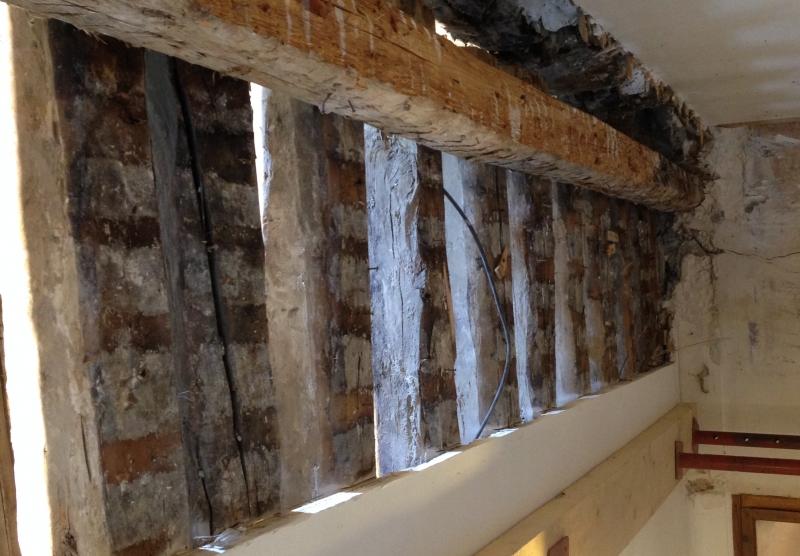 Rénovation d'une vieille grange en deux chambres - Hautes-Alpes