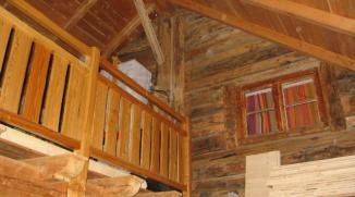 Grange d'alpage transformée en chambres d'hôtes
