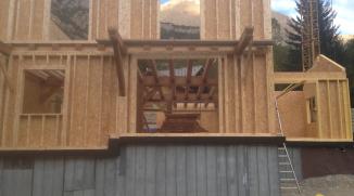Pose des ossatures bois de premier niveau